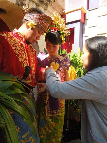 クタ観光 Part1~バリ民族衣装にて写真撮影!
