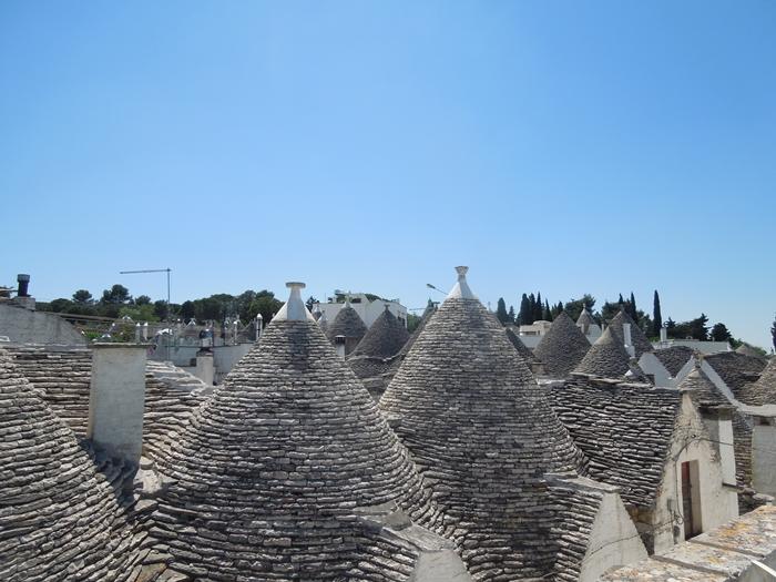 【イタリア02】イタリア上陸!まずはトンガリ屋根の世界遺産アルベロベッロ!少しだけお土産情報も… (1)