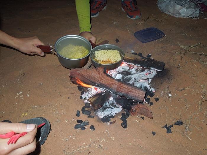 ナミビアレンタカーの旅 Part1 ウィントフックからセスリム/ナミブ砂漠へ!