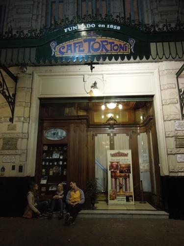 本場のタンゴに惚れ惚れ!ブエノスアイレス最古のカフェ・トルトーニにて。 (11)