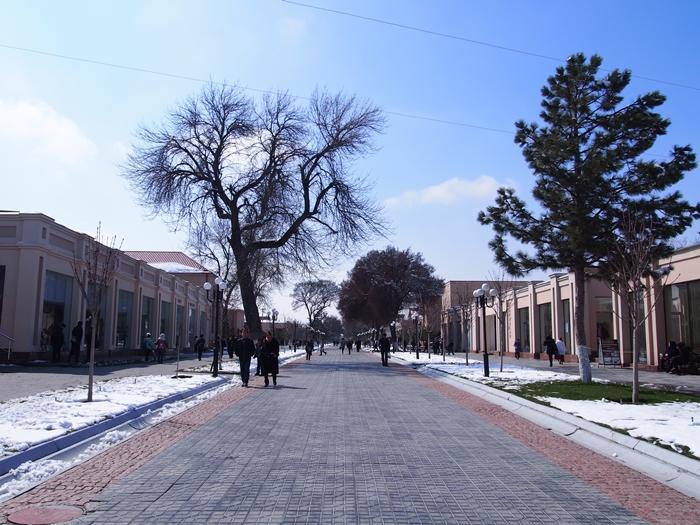 サマルカンド観光後編 でっかいモスクとたくさんのお墓、そして蘇ったサマルカンド・ペーパー (10)