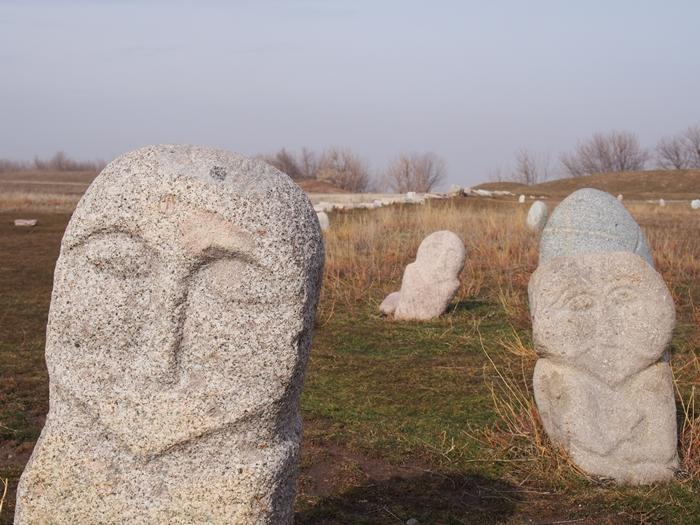 ブラナの塔とバラサグン遺跡、そして三蔵法師の足跡に触れるアク・ベシム遺跡 (19)