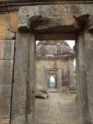 カンボジアもう一つの世界遺産、プレアヴィヒア (8)