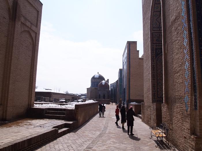 サマルカンド観光後編 でっかいモスクとたくさんのお墓、そして蘇ったサマルカンド・ペーパー (30)