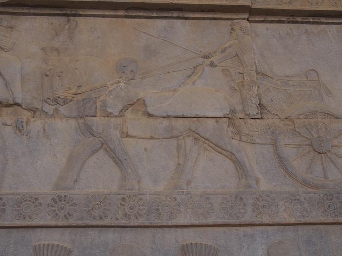 世界遺産ペルセポリス ペルシャ繁栄の面影を残すアパダーナのレリーフに釘付け (35)