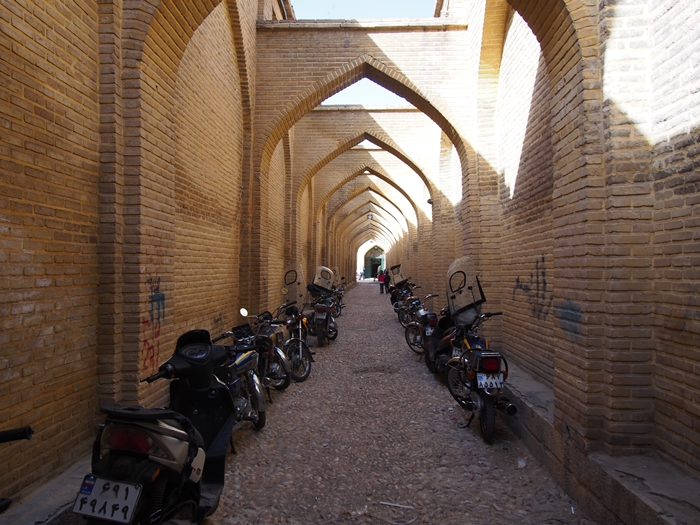 世界遺産より印象に残ったマスジェデ・ナスィーロル・モスク、別名ピンク・モスク。 (13)