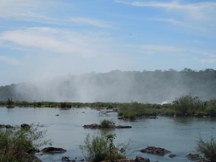 世界遺産のイグアスの滝、まずはアルゼンチン側~悪魔の喉笛迫力ありすぎます~ (9)