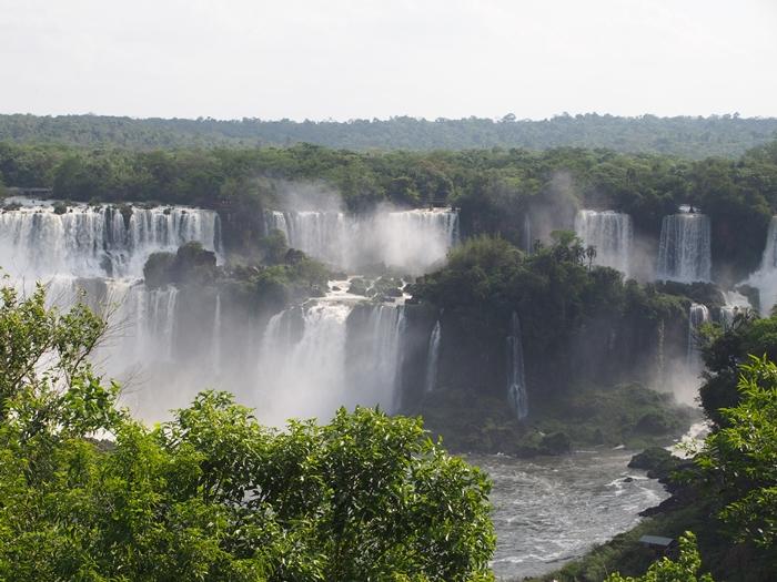 世界遺産のイグアスの滝 第二弾はブラジル側~水しぶきをびっしゃりかぶるの巻~ (11)