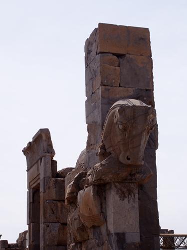 世界遺産ペルセポリス ペルシャ繁栄の面影を残すアパダーナのレリーフに釘付け (22)