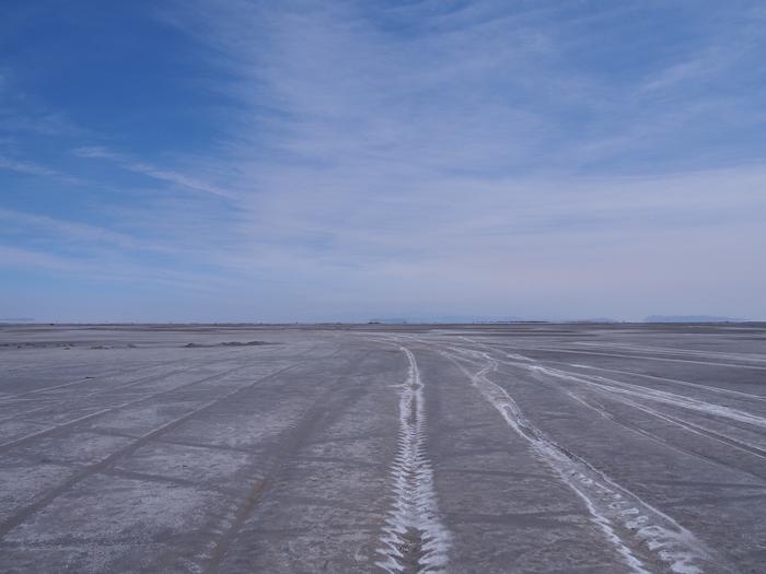 【移動情報】タブリーズからオルミーイェ。塩湖で側転! (2)