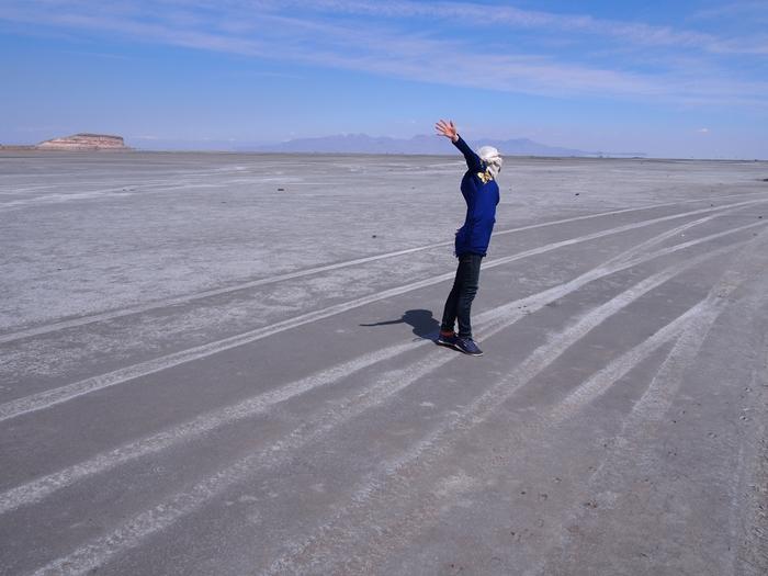 【移動情報】タブリーズからオルミーイェ。塩湖で側転! (15)