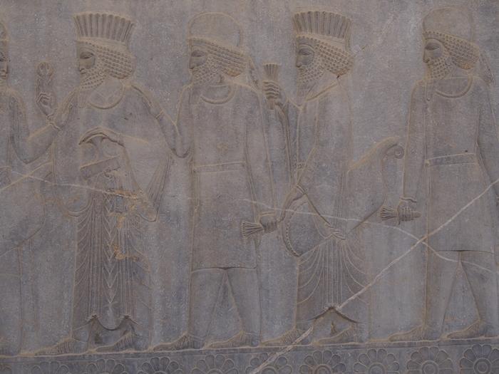 世界遺産ペルセポリス ペルシャ繁栄の面影を残すアパダーナのレリーフに釘付け (36)