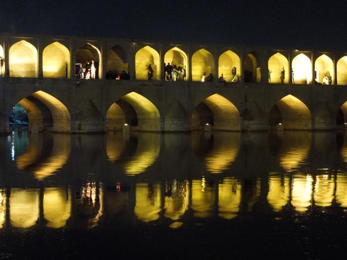 世界の半分とはなんぞ?イランの真珠・エスファハーン! (4)