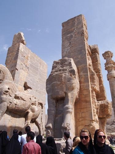 世界遺産ペルセポリス ペルシャ繁栄の面影を残すアパダーナのレリーフに釘付け (18)