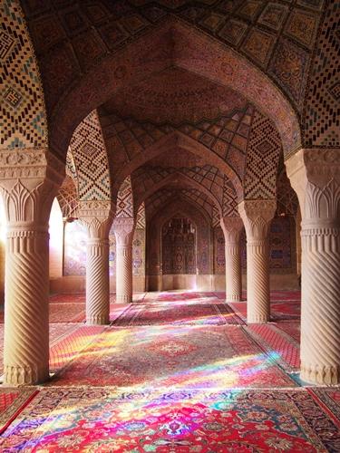 世界遺産より印象に残ったマスジェデ・ナスィーロル・モスク、別名ピンク・モスク。 (23)