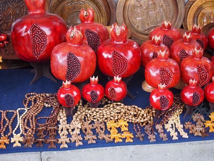 中東と雰囲気がガラッと変わった!エレヴァン街歩き。お土産だって買っちゃうよ! (18)