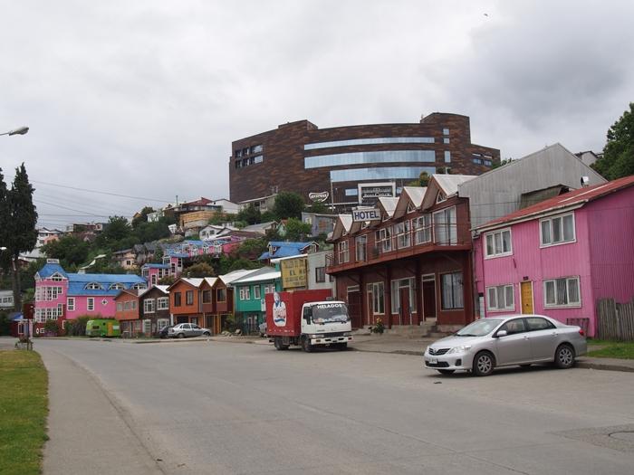【チリ08 世界遺産】カラフルなカストロ(チロエ島)の町歩き (27)