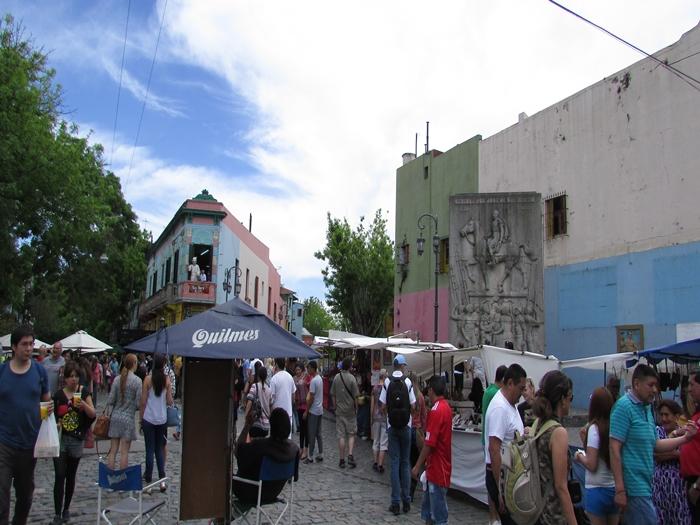 【アルゼンチン08】カラフルな町並みのカミニートと、世界で2番目に美しい本屋El ATENEO GRAND SPLENDID (3)