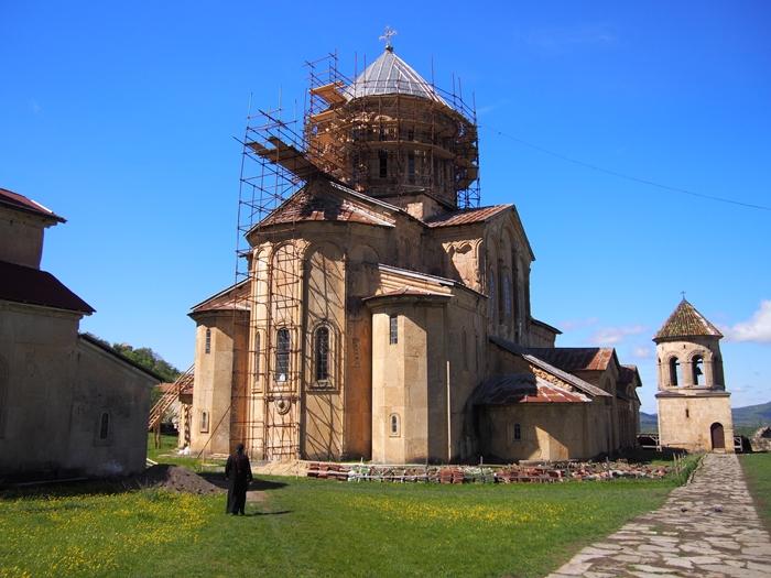 【ジョージア04 世界遺産】バグラティ大聖堂とゲラティ修道院 クタイシ観光 (19)