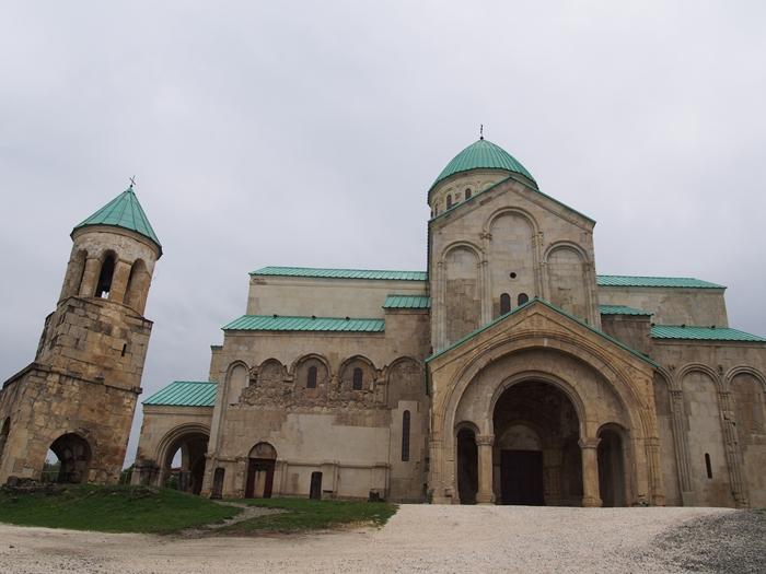 【ジョージア04 世界遺産】バグラティ大聖堂とゲラティ修道院 クタイシ観光 (13)