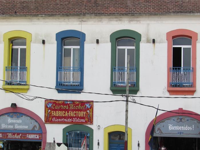 【アルゼンチン08】カラフルな町並みのカミニートと、世界で2番目に美しい本屋El ATENEO GRAND SPLENDID (34)