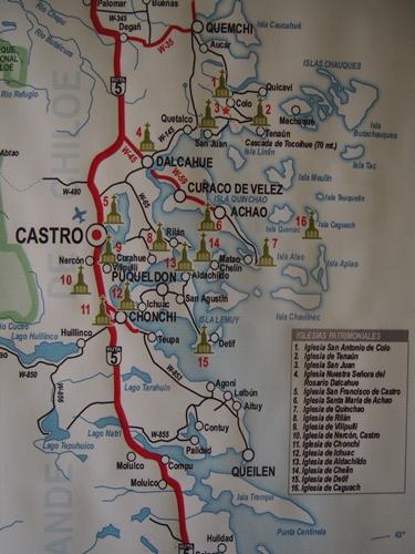 【チリ08 世界遺産】カラフルなカストロ(チロエ島)の町歩き (23)