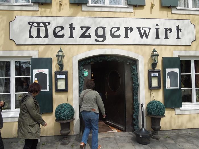【ドイツ03】ドイツに乾杯!世界遺産ライン川とロマンチック街道6日間 ~ミュンヘンの町で本格的なビアホール体験~ (31)