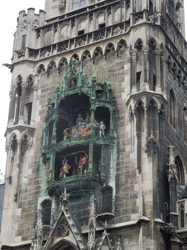 【ドイツ03】ドイツに乾杯!世界遺産ライン川とロマンチック街道6日間 ~ミュンヘンの町で本格的なビアホール体験~ (13)