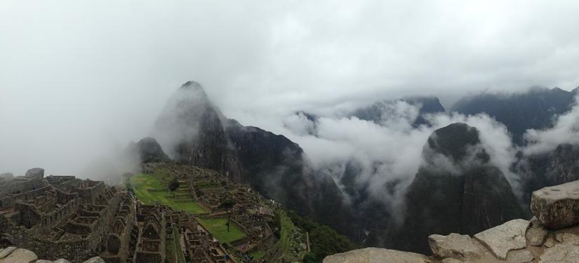 【ペルー06 世界遺産】雨降りしきる空中都市マチュピチュ (2)