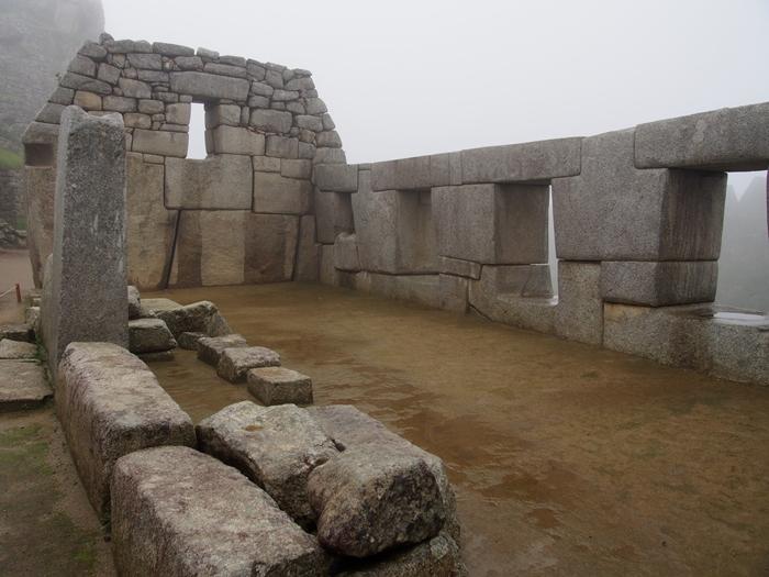 【ペルー06 世界遺産】雨降りしきる空中都市マチュピチュ (19)