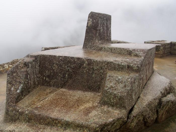 【ペルー06 世界遺産】雨降りしきる空中都市マチュピチュ (23)