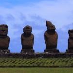 【チリ15】ハンガ・ロア散歩 早速モアイに遭遇。。夜はポリネシアン・ダンス!