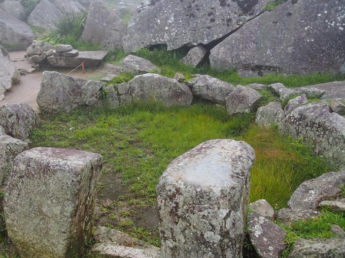 【ペルー06 世界遺産】雨降りしきる空中都市マチュピチュ (18)