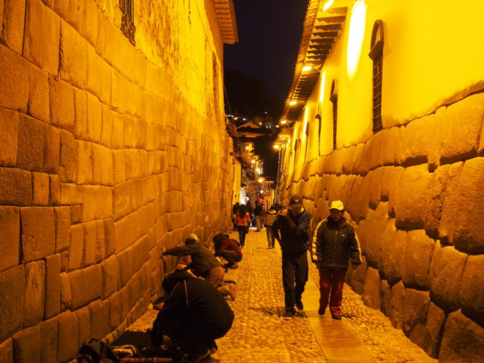 【ペルー09 世界遺産】石畳みの世界遺産クスコ町歩き (13)