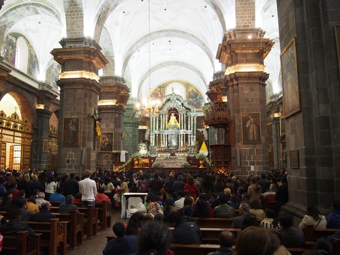【ペルー09 世界遺産】石畳みの世界遺産クスコ町歩き (24)