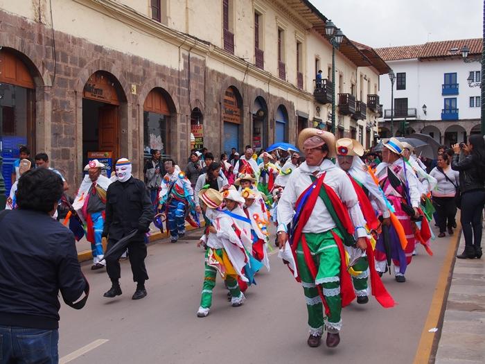 【ペルー09 世界遺産】石畳みの世界遺産クスコ町歩き (31)
