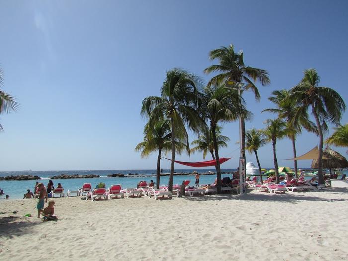 【キュラソー02】オランダの香り漂うカリブ海ビーチ!マンボ・ビーチとプラヤ・ラグーン (8)