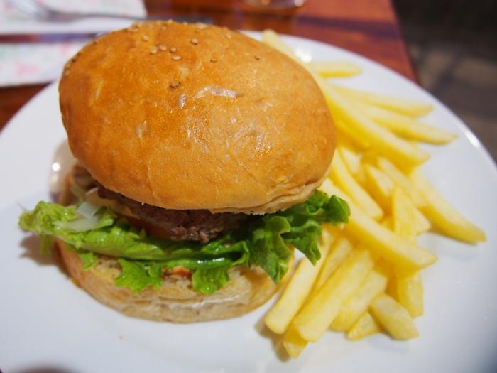 【エクアドル06】プエルト・バケリソ・モレノサンクリストバル島の宿、レストラン情報などあれこれ ガラパゴスPart5 (32)