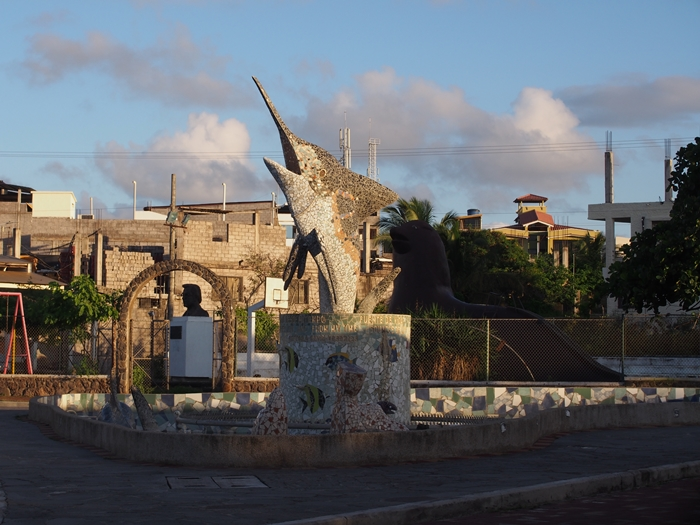 【エクアドル06】プエルト・バケリソ・モレノサンクリストバル島の宿、レストラン情報などあれこれ ガラパゴスPart5 (3)