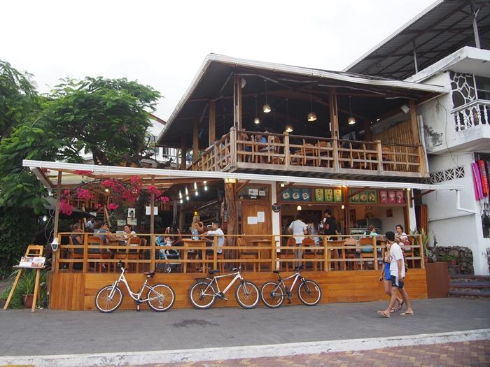 【エクアドル04】プエルト・アヨラサンタクルス島の宿、レストラン、移動情報などあれこれ ガラパゴスPart3 (38)