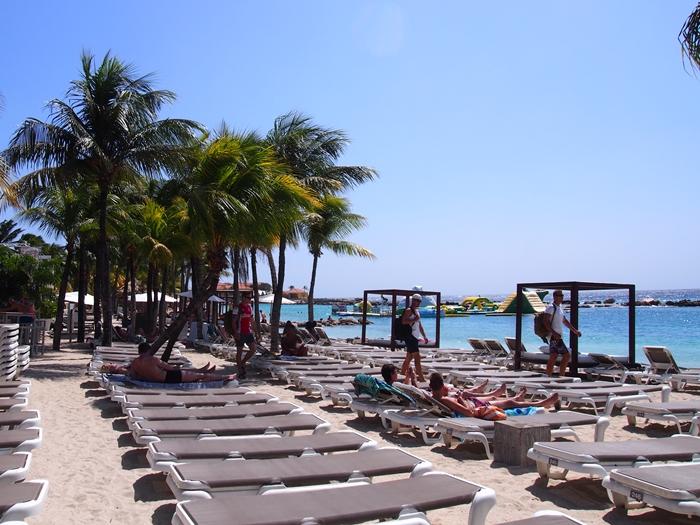 【キュラソー02】オランダの香り漂うカリブ海ビーチ!マンボ・ビーチとプラヤ・ラグーン (20)