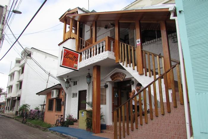 【エクアドル04】プエルト・アヨラサンタクルス島の宿、レストラン、移動情報などあれこれ ガラパゴスPart3 (2)
