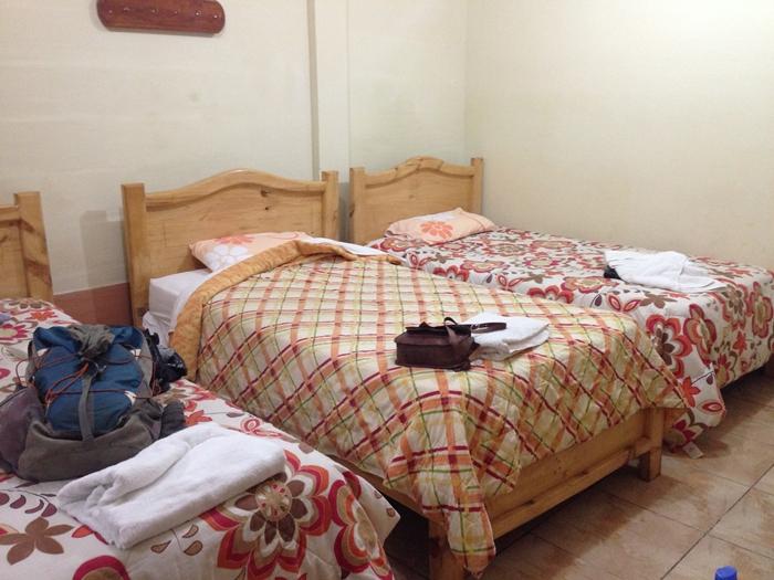 【エクアドル04】プエルト・アヨラサンタクルス島の宿、レストラン、移動情報などあれこれ ガラパゴスPart3 (8)