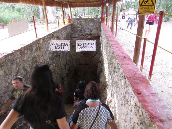 ピラミッド、天文学、イケニエ。マヤ文明最高峰の遺跡チチェン・イッツァ! (7)