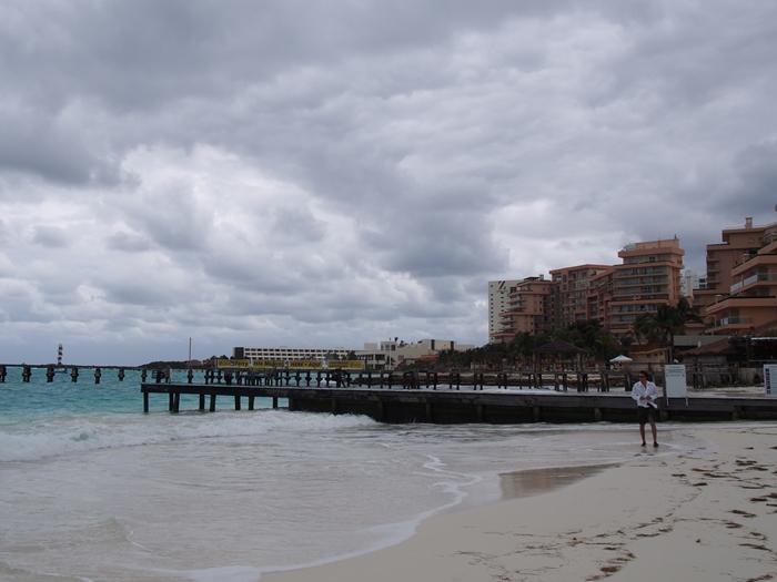 【メキシコ01】オーランド/アメリカからカンクン/メキシコへの移動と、カンクンの空港泊&宿情報