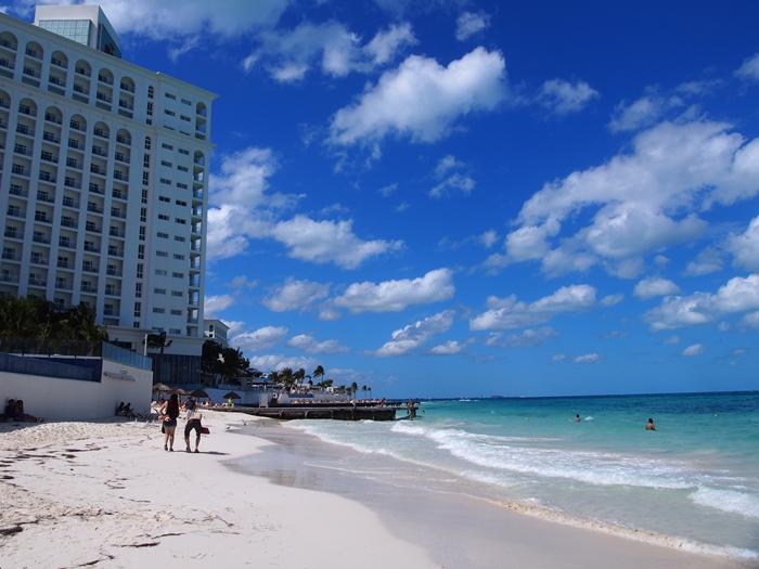 【メキシコ02】まだまだ寒い2月初旬のカンクン・ビーチ。お土産情報も。 (6)