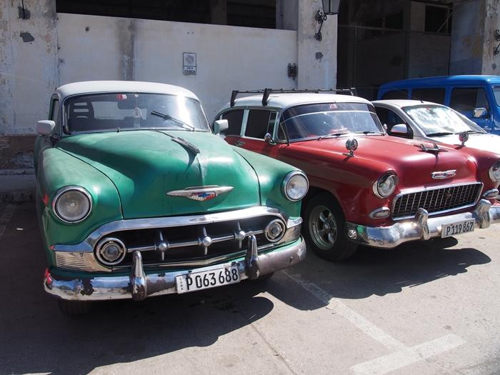 【キューバ03 世界遺産】ヘミングウェイの愛したハバナ。歴史を感じるクラシックカーとコロニアルな町並み~ハバナ観光1~ (31)