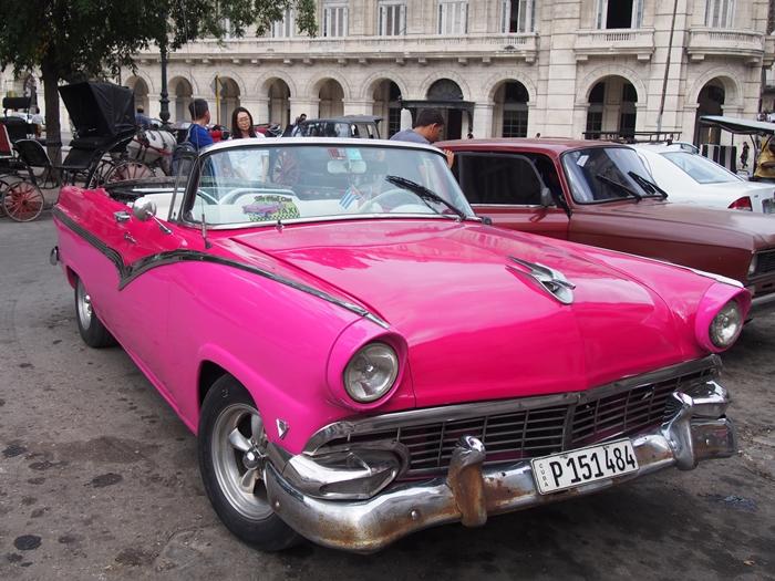 【キューバ03 世界遺産】ヘミングウェイの愛したハバナ。歴史を感じるクラシックカーとコロニアルな町並み~ハバナ観光1~ (16)