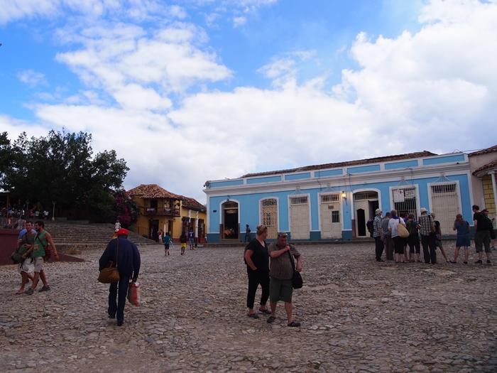 【キューバ07 世界遺産】アートとパステルカラーの建物の町トリニダー。久しぶりの人種差別被害も。。 (25)
