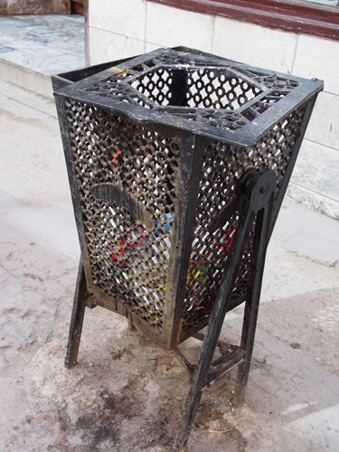 【キューバ04 世界遺産】革命の爪痕残るハバナ。革命広場にはチェ・ゲバラの姿~ハバナ観光2~ (17)